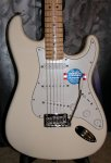 FENDER Stratocaster American Standard MN OWT